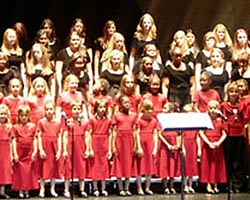tn_girlchoir_shesings_MT45815.jpg