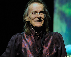 tn_gordonlightfoot_PS20415.jpg