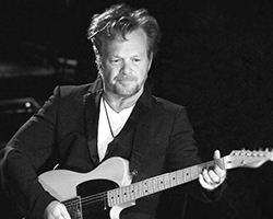 tn_johnmellencamp_AS15015.jpg