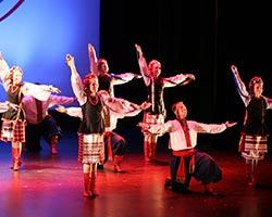 tn_ukrainiandancers_MT44815.jpg